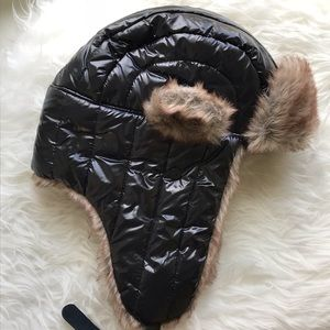 NWT Urban Outfitters Trapper Hat